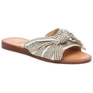 Dolce Vita Darin Size 8.5 Sandals Black & White